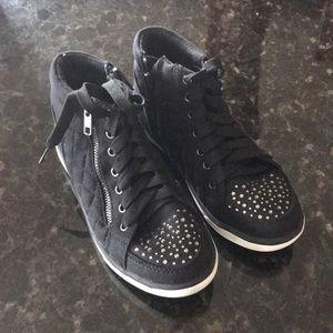 Girls justice embellished sneaker
